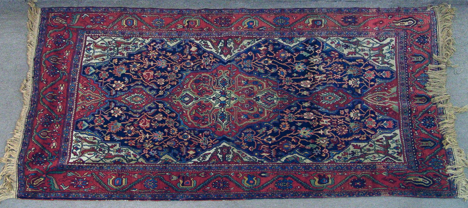 Bgw remate 230 alfombra gek htm gendata for Alfombra persa azul