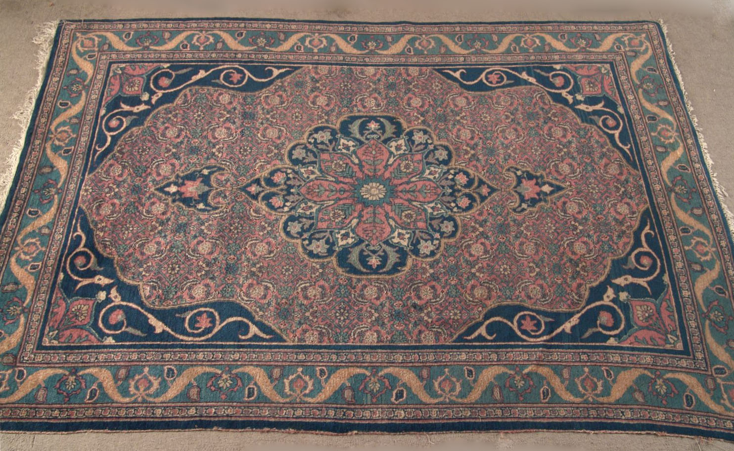 Bgw remate 187 alfombra gek htm gendata for Alfombra persa azul