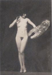 Alfred Cheney Johnston, Desnudo, fotografía.