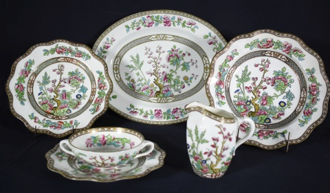 Juego de platos Coalport, modelo indian tree, borde festoneado 20 playos, 8 hondos, 7 postre, 11 pan, 5 postres medianos